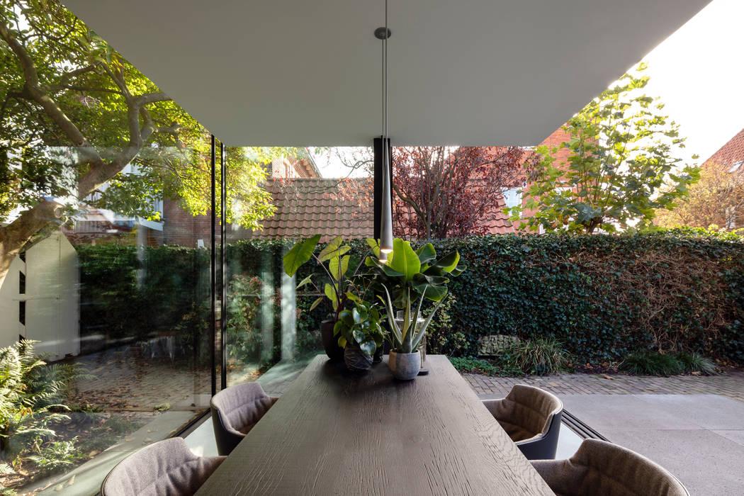 Fig Tree House Bloot Architecture Minimalistische eetkamers