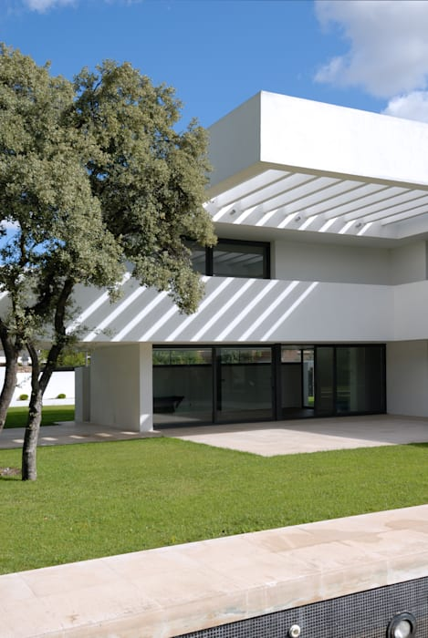 Construir vivienda unifamiliar en Madrid, arquitectura: Casas de estilo  de Otto Medem Arquitecto vanguardista en Madrid,