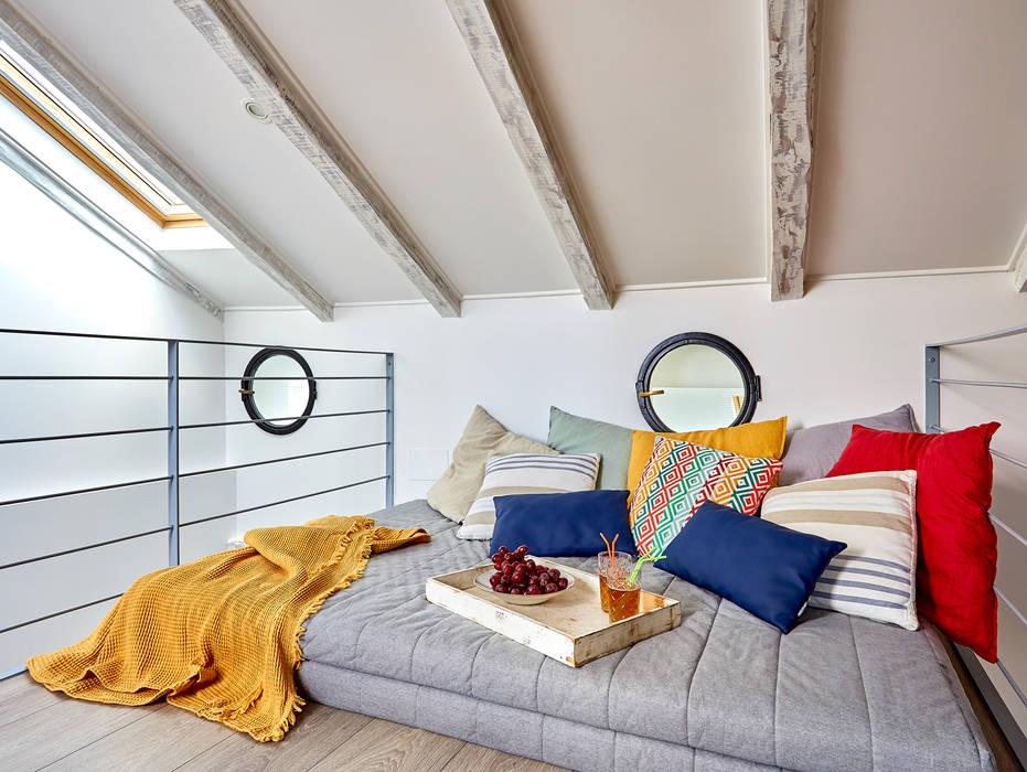 Un Ático con Vistas Spas de estilo mediterráneo de ND Interiorismo & Decoración Mediterráneo