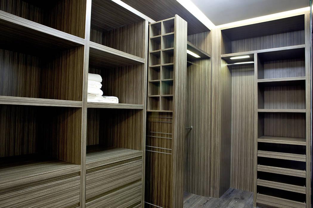 Departamento 2103- St Regis by SPAZI Función Arquitectónica: Recámaras de estilo  por Spazi,