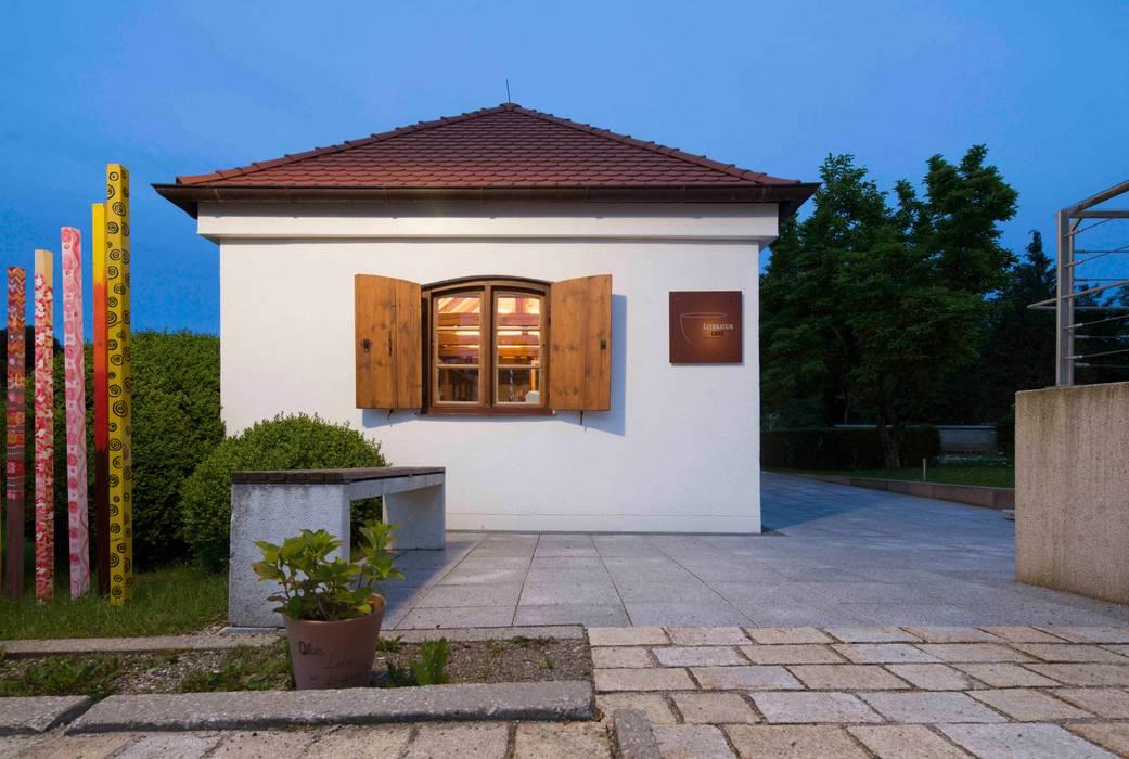 Literaturcafé in Pöcking:  Häuser von WSM ARCHITEKTEN