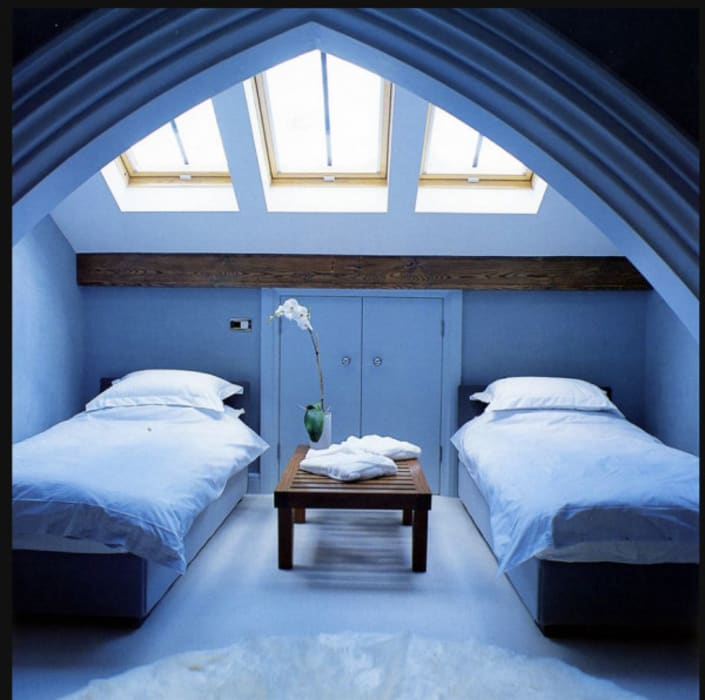 A House in St Saviours Church, Knightsbridge, London:  Bedroom by 4D Studio Architects and Interior Designers