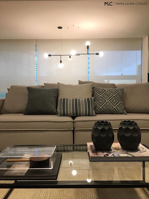 Modern Living Room by Maria Laura Coelho Modern