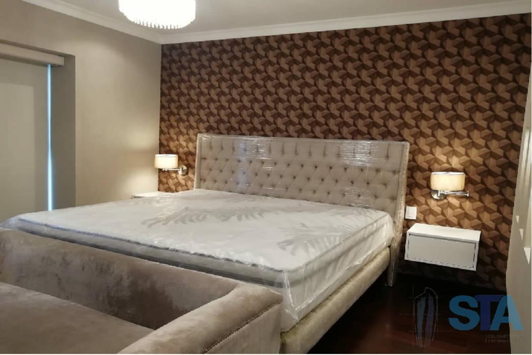 Dormitorio Principal: Dormitorios de estilo  por Soluciones Técnicas y de Arquitectura
