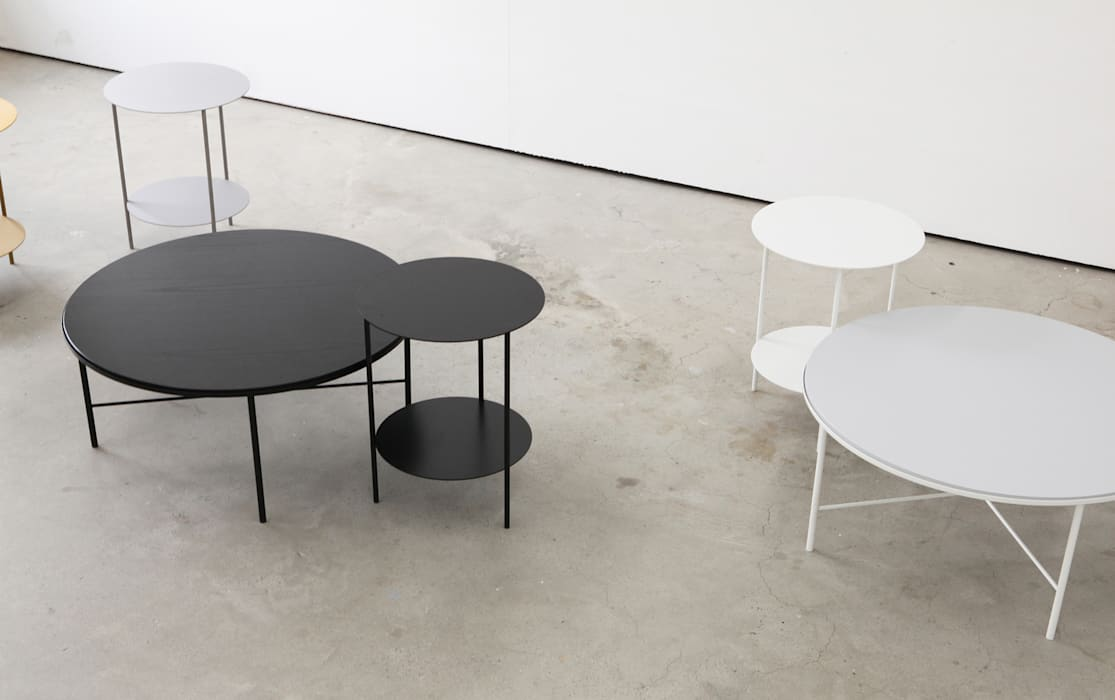 Basic Round Side Table: PLUSTAN. 플러스탠의  거실