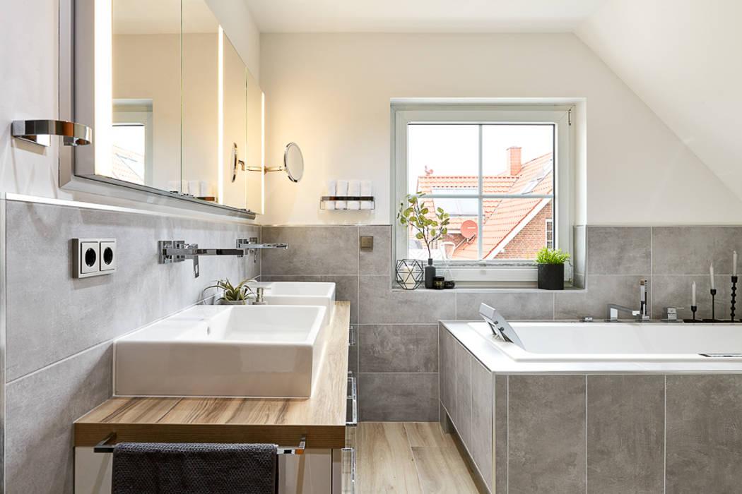 Es werde licht moderne badezimmer von banovo gmbh modern ...