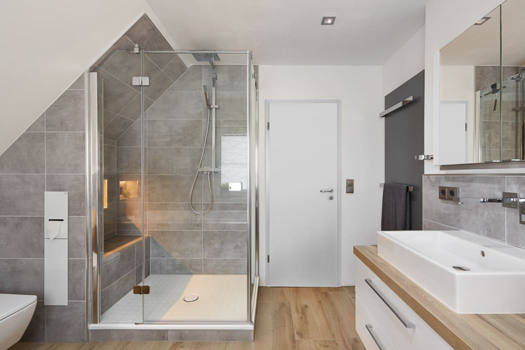 Es werde licht: badezimmer von banovo gmbh | homify