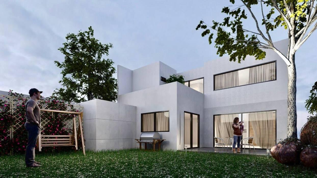 Fachada trasera: Casas pequeñas de estilo  por Inversiones inmobiliarias. Bienes raíces y construcción en León.
