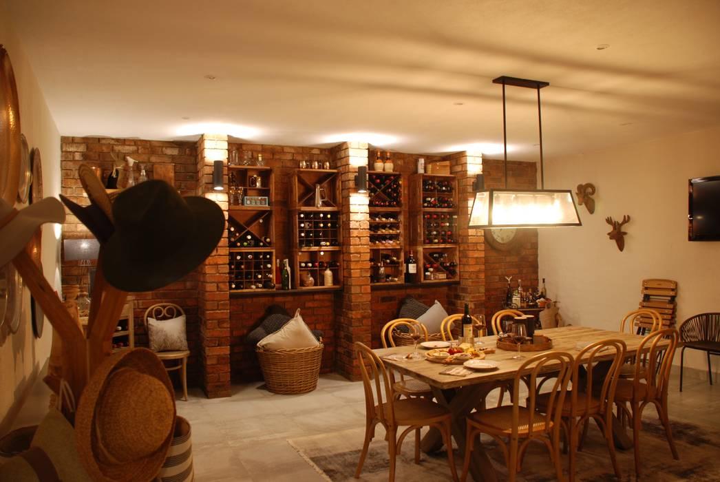 House Eppel:  Wine cellar by John McKenzie Architecture