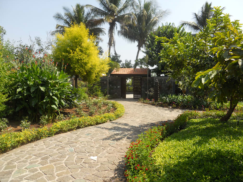 Karne Farmhouse by Baghorama Landscape Architects Tropical Stone