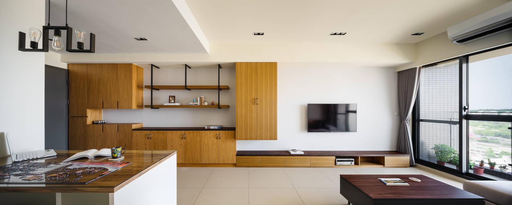 新竹慈雲路夢想市 楊公館 现代客厅設計點子、靈感 & 圖片 根據 築室室內設計 現代風