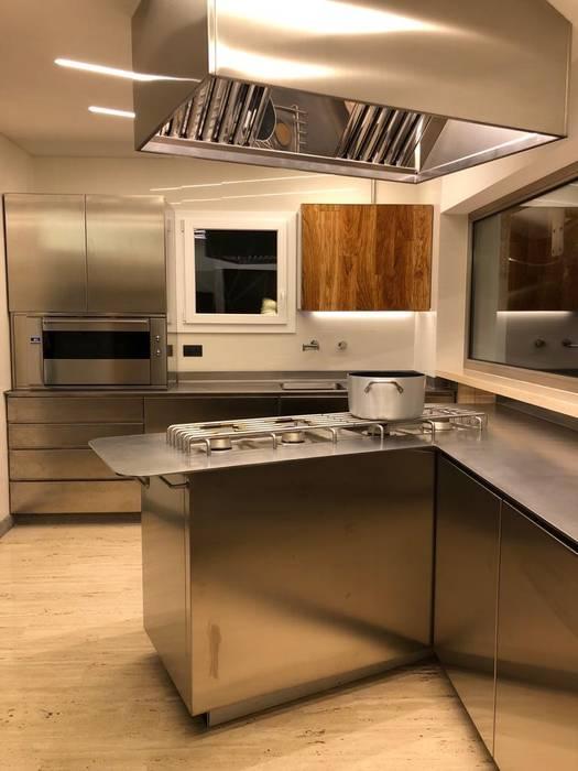 Cucine di lusso moderne: in stile di falegnameria su misura ...