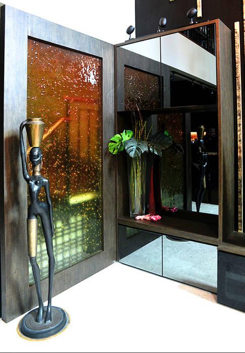 Andrew Road - cabinet:  Corridor, hallway by Singapore Carpentry Interior Design Pte Ltd,Modern