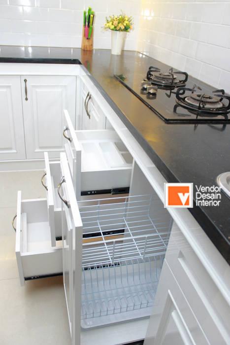 Kitchen Set Putih Jakarta PT Solusi Eka Optima Dapur Klasik White
