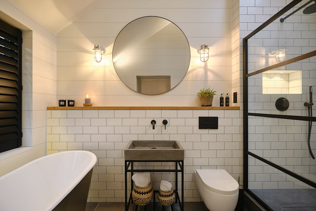 The Nook, Near Rock | Cornwall:  Bathroom by Perfect Stays, Scandinavian