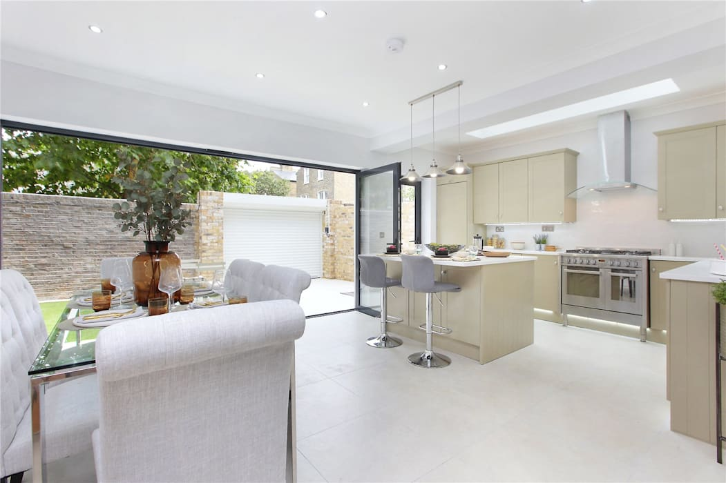 Kitchen extension Richmond Modern Dining Room by Design and Build London Renovation Modern Engineered Wood Transparent