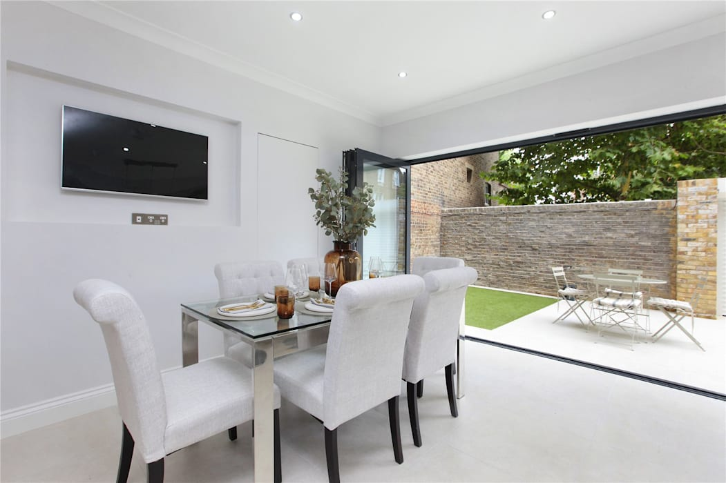 Kitchen extension Richmond Modern Dining Room by Design and Build London Renovation Modern Concrete