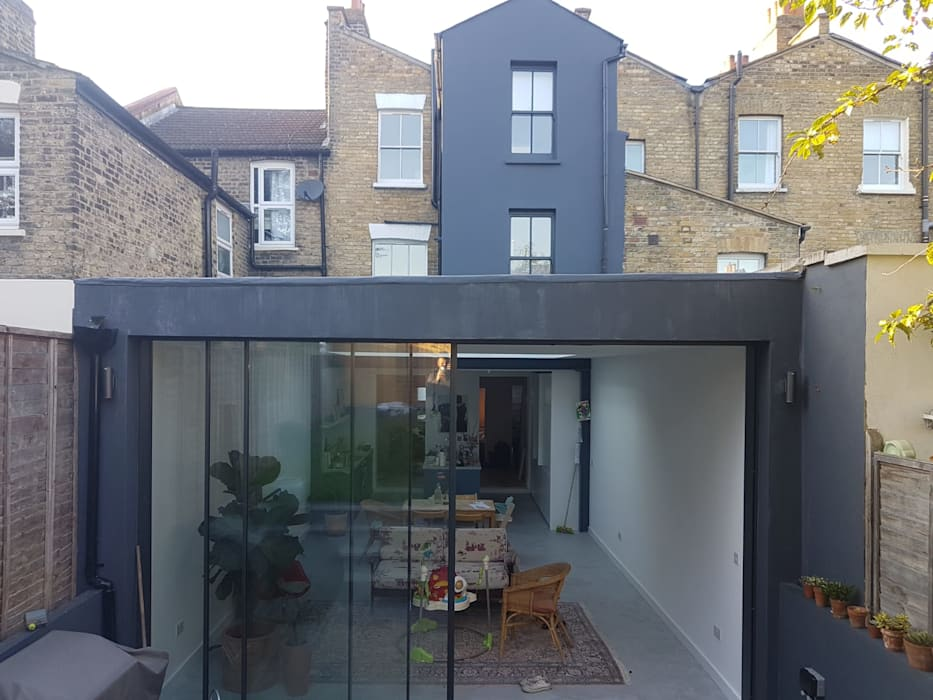 Bespoke House Extension project w4 Modern style doors by Design and Build London Renovation Modern