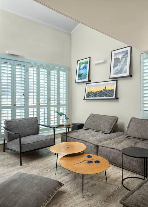 Contemporary Furniture by Deborah Garth Interior Design International (Pty)Ltd