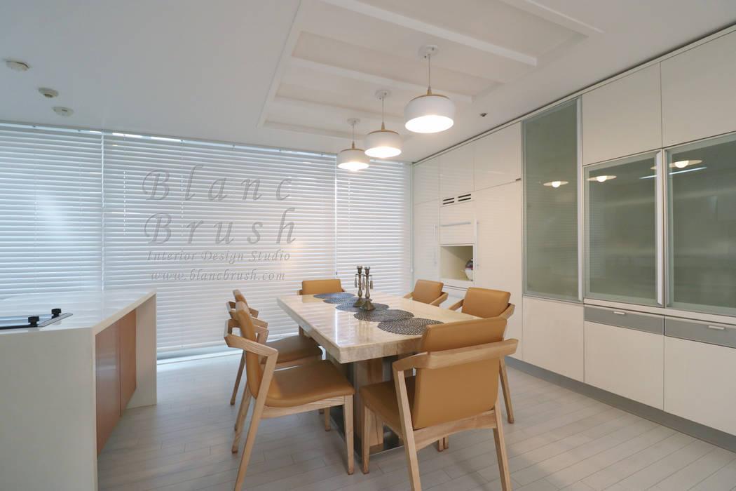 분당구 금곡동 분당하우스토리 63평 아파트 인테리어 모던스타일 다이닝 룸 by 블랑브러쉬 모던