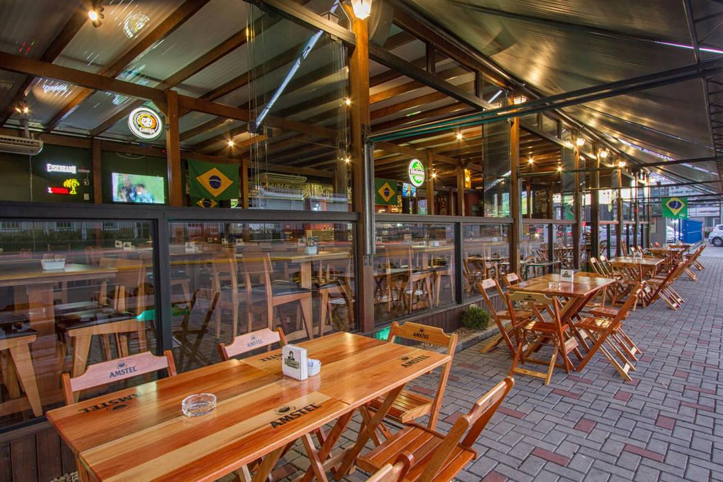 Bars & clubs by Estúdio Kza Arquitetura e Interiores