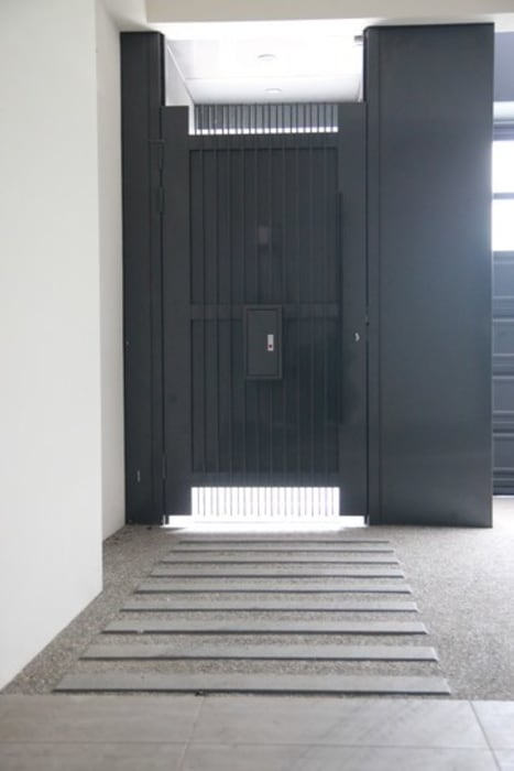 大門入口 Modern corridor, hallway & stairs by 勻境設計 Unispace Designs Modern