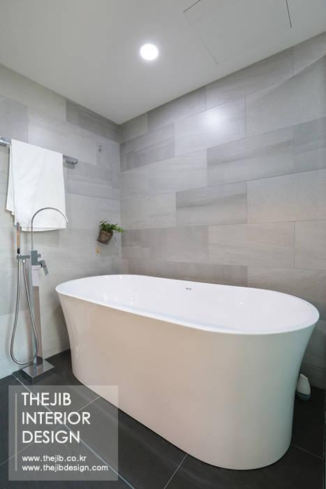 강남구 도곡동 대림아크로빌 54평 아파트 인테리어 모던스타일 욕실 by 더집디자인 (THEJIB DESIGN) 모던