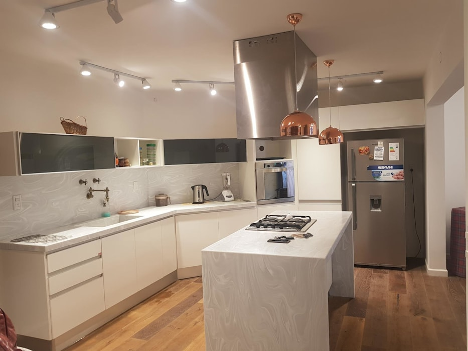 Remodelación de Cocina en Salta por A3 Arquitectas de Sofía Lopez Arquitecta Moderno
