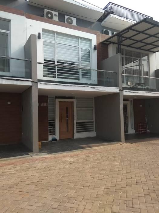 Renovasi Rumah - fasad homify Rumah Modern