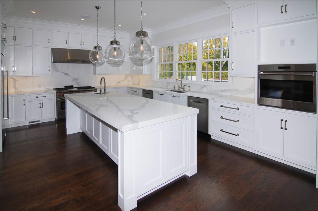 Cocinas de estilo  por DeMotte Architects, P.C., Colonial
