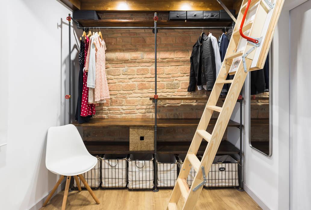 Ruang Ganti Gaya Rustic Oleh Arela Arquitectura Rustic