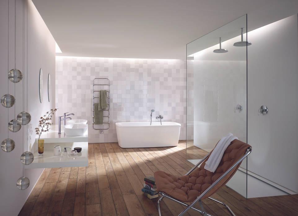 Badplanung Classic, Materialkonzept, Farbkonzept, Lichtkonzept, Einrichtung, Styling:  Badezimmer von OXIT GmbH - Innenarchitekten in Stuttgart
