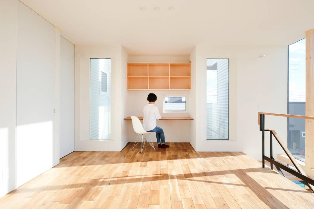 書斎スペース 一級建築士事務所 Atelier Casa オリジナルデザインの 書斎
