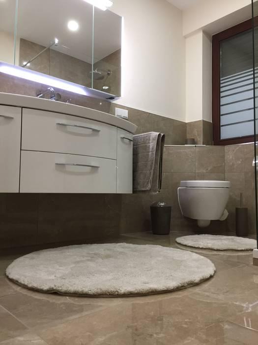 Modernes bad im marmor stil mediterrane badezimmer von ...