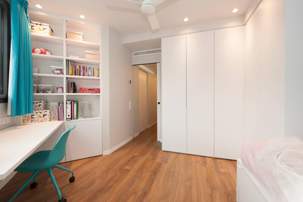Mobiliario de la habitación juvenil: Dormitorios infantiles de estilo  de Sincro