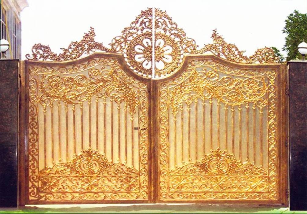Cách vệ sinh và bảo quản cổng nhôm đúc:  Cửa bên trong by CÔNG TY CỔ PHẦN SẢN XUẤT HOÀNG GIA HÀ NỘI, Bắc Âu MDF