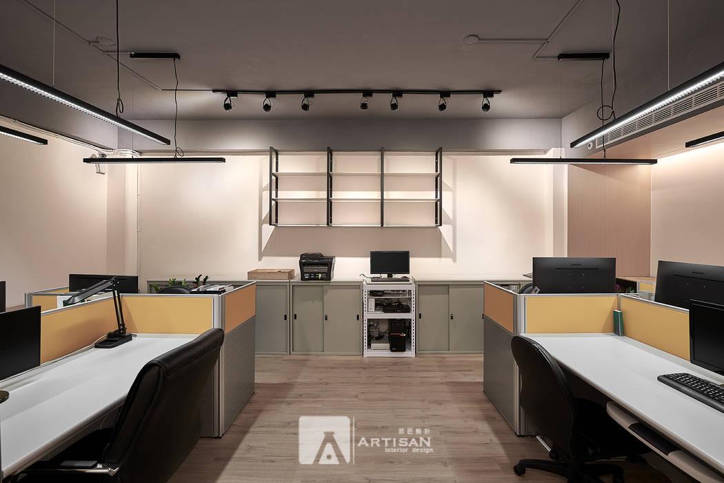 辦公室 根據 芸匠室內裝修設計有限公司 工業風 鐵/鋼