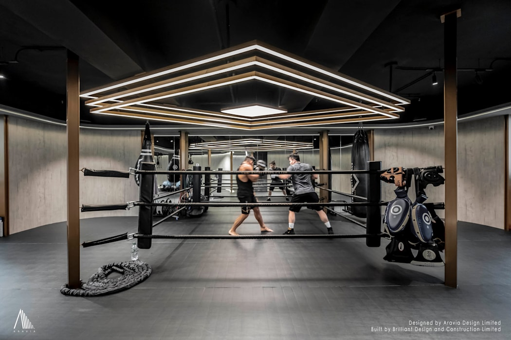 Boxing area:  Commercial Spaces by Brilliant Design & Construction Ltd.