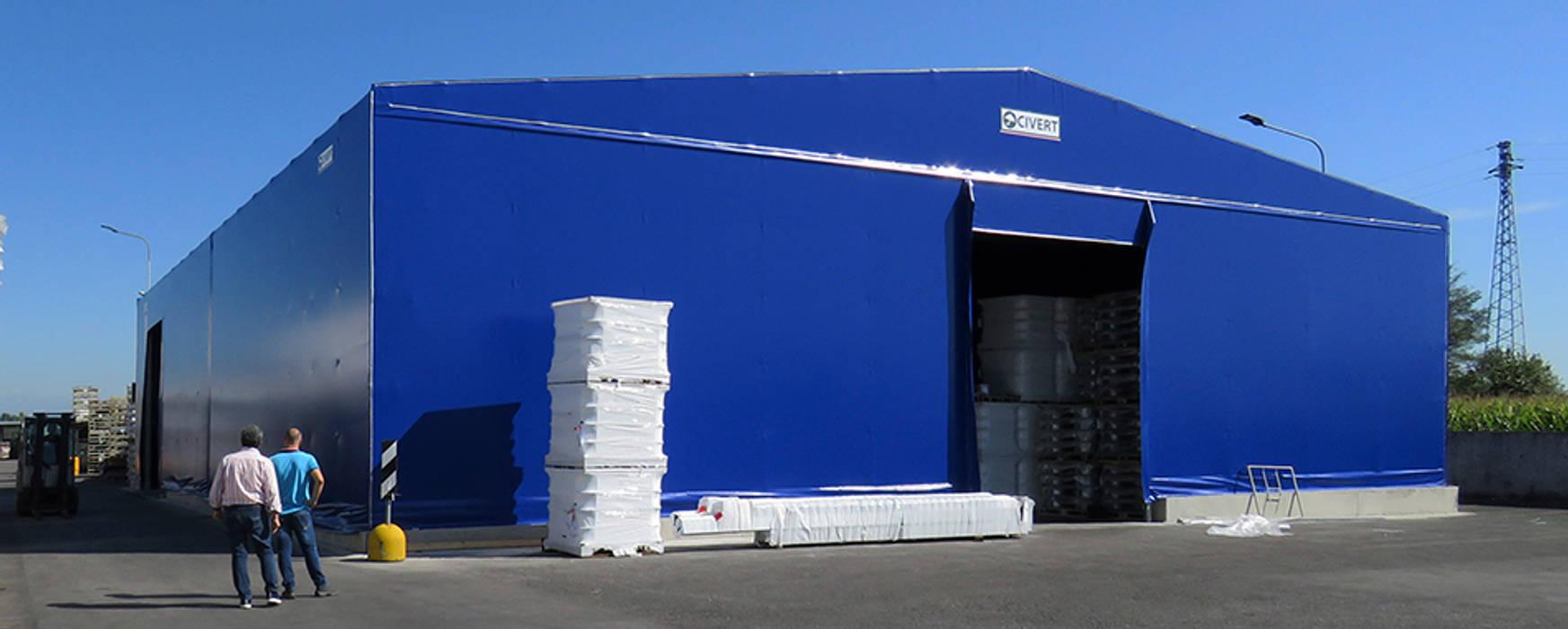 Capannoni mobili PVC Garage/Rimessa in stile industriale di Capannoni mobili e Coperture Civert Industrial Ferro / Acciaio