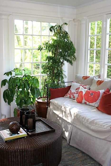 Colonial style conservatory by Valerie´s JOL Colonial
