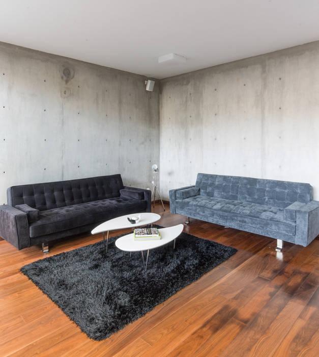 CASA  NEO : Salas de estilo  por TaAG Arquitectura