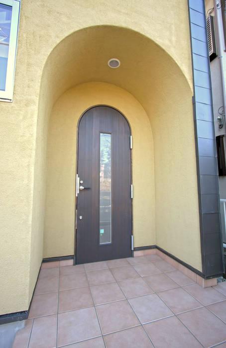 Modern style doors by ミナトデザイン1級建築士事務所 Modern Wood Wood effect