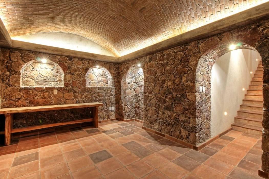 Cava: Cavas de estilo  por VillaSi Construcciones