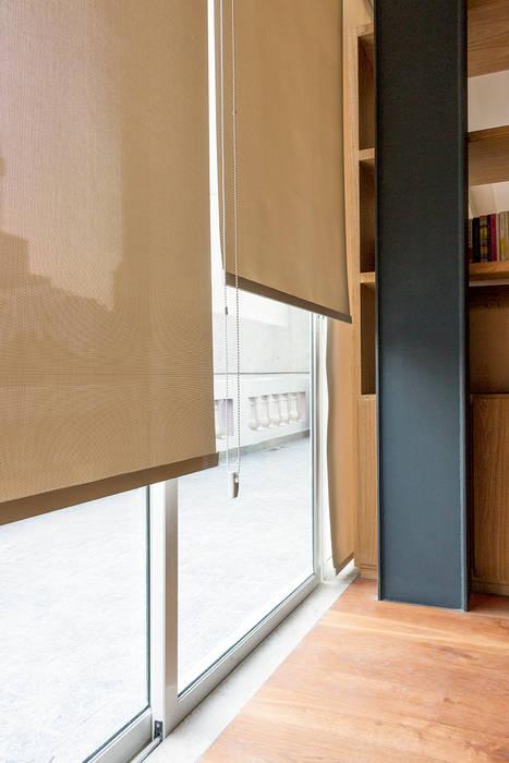 Accesorio ideal para las ventanas: Puertas y ventanas de estilo  por INVELO