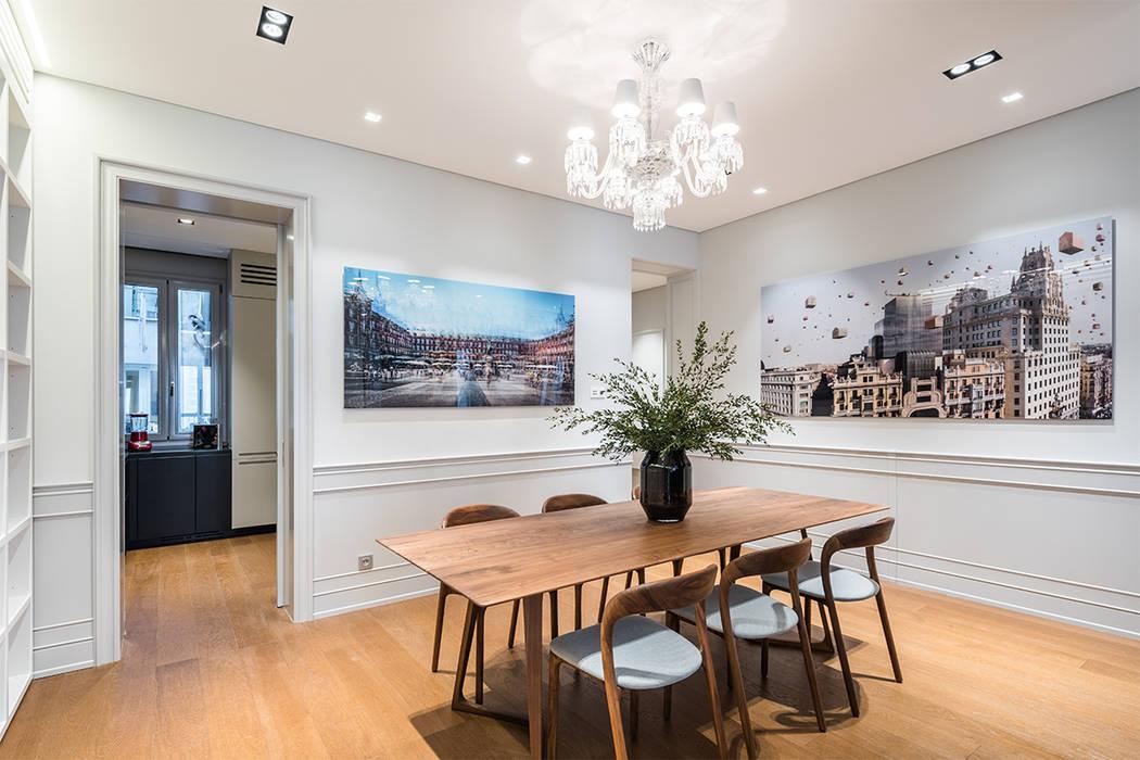 Reforma integral de un piso de Madrid: Comedores de estilo  de AGi architects