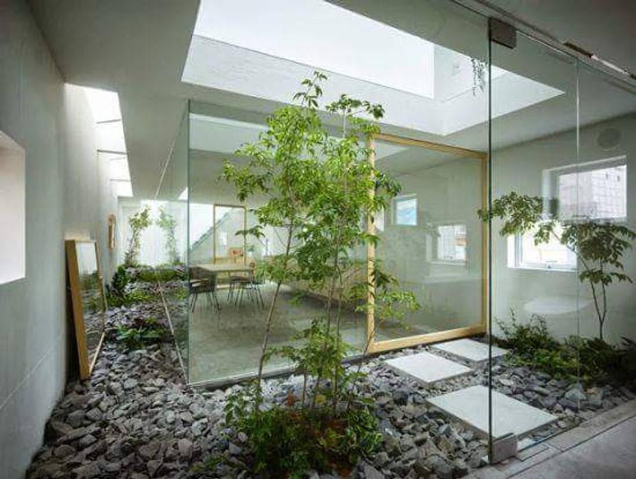 Taman di Dalam Ruangan / Indoor: Taman batu oleh Tukang Taman Surabaya - Tianggadha-art,