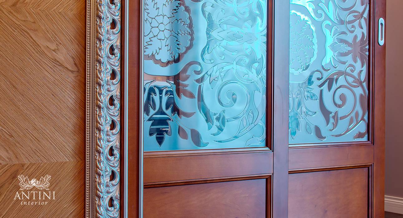 АртДеко в дереве: двери в . Автор – Antini Interior, Классический