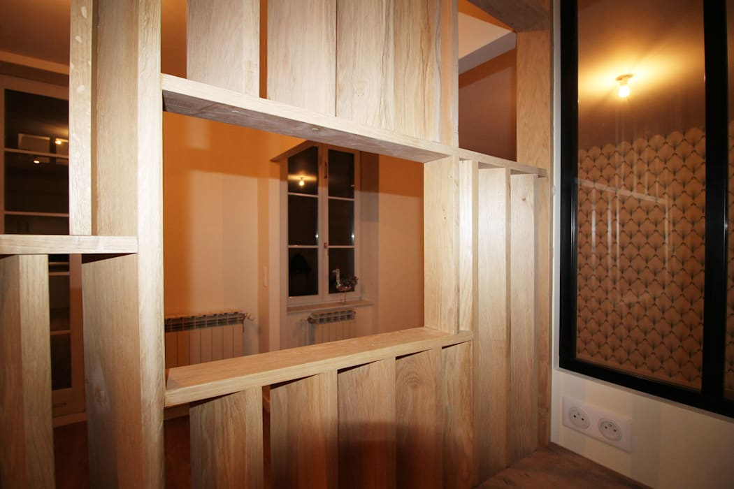 Agence ADI-HOME Modern dining room Wood Wood effect
