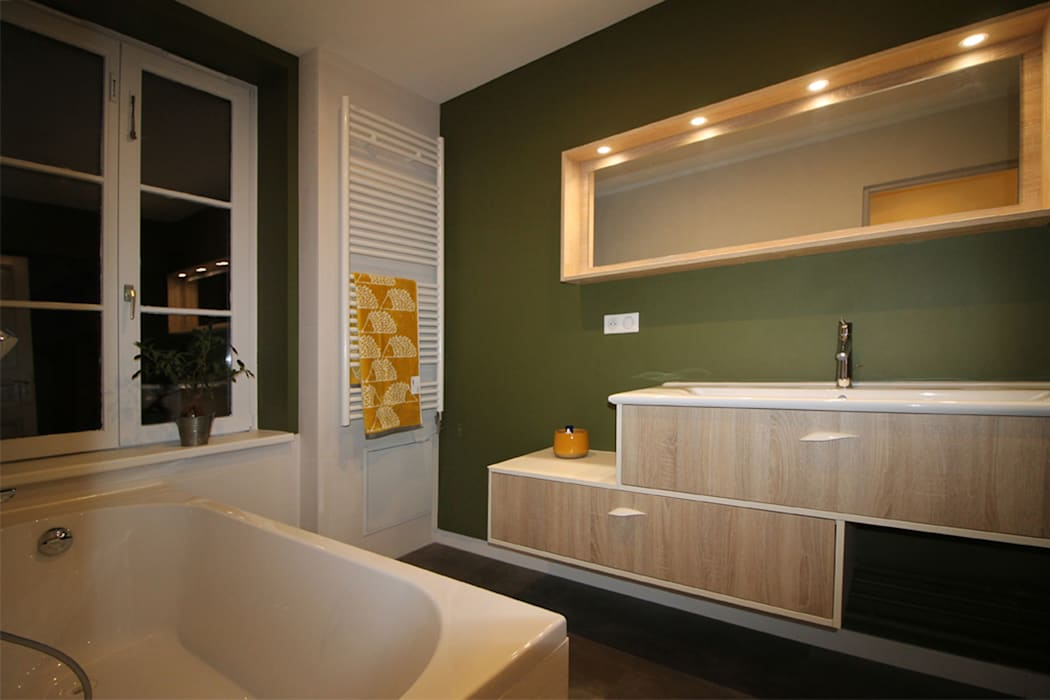 Agence ADI-HOME Modern bathroom Concrete Green