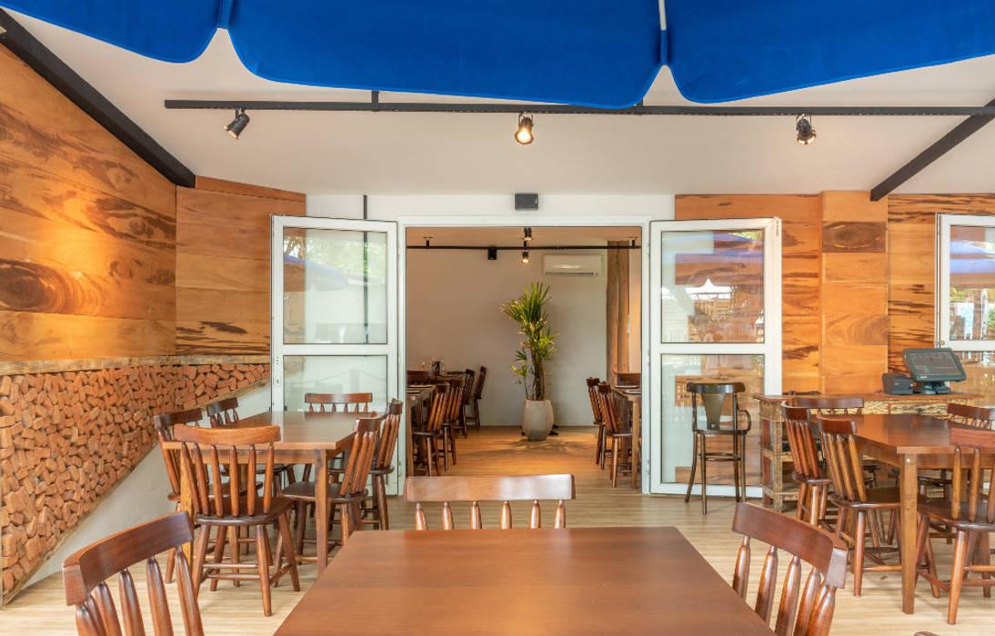 Rustic style gastronomy by Taís Fernández - Designer de Interiores Rustic